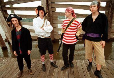 Pirate Jenny crew on Columbia River Dock 1999